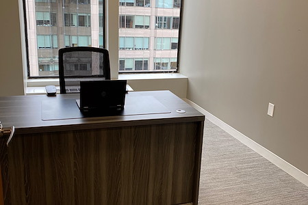 District Offices Farragut - Farragut Window Office