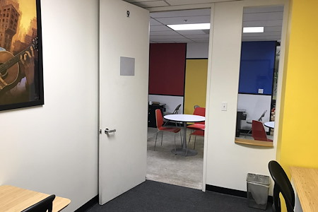 Sandbox Suites - South Park - Team Office with 12 meeting hrs included