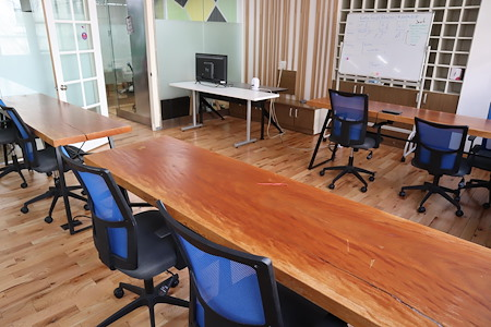 Task Up - Meeting/Workshop Room for 14 (CHR)