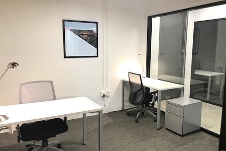 Spaces North Loop - Office 357