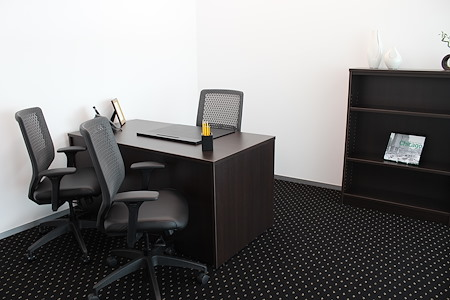 Servcorp - River Point - Internal Day Office, seats 3