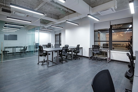Bond Collective at 60 Broad Street - Suite 2510B [8+ desks]