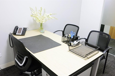 Corporate Suites: 1180 6th Ave (46th) - Private Office #814 | Monthly