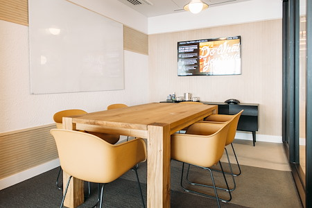 WeWork | 30 Stamford St - Private Office - 1 seat
