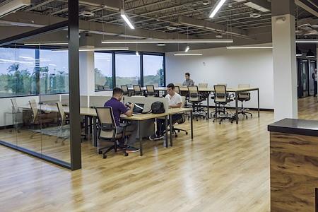 Venture X   Downtown Doral - Shared desks