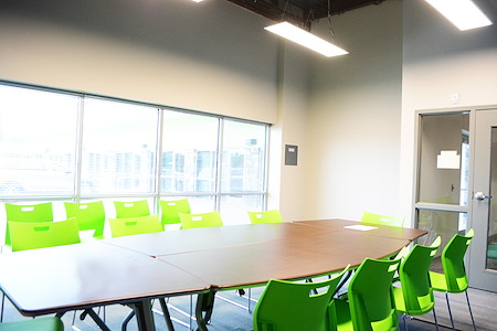 Business E Suites - King Air Conference/Training Room