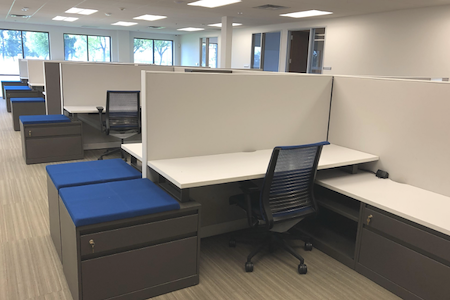 IBASE SPACES Irvine - Dedicated Workstation