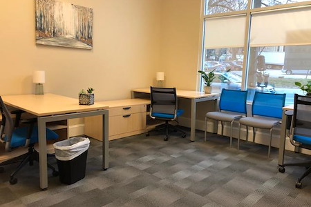 Focal Point Coworking - 3 to 4-person Office