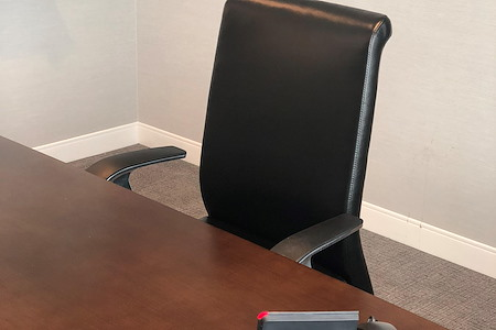 NEWPORT TOWER - Open Desk 1