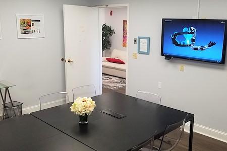 Clinton Work Space - Dedicated Desk
