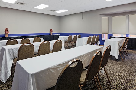 Chicago Club Inn & Suites - Terrace Room / Banquet room