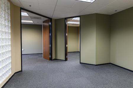 EQ Office | Hughes Center - 3993 - Suite 480