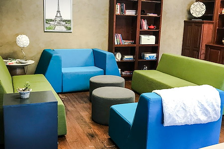 Duo Works - Private Office for 8-10 people + lounge