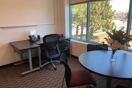 Regus | Colorado, Boulder - Baseline Office Suites - Office 237