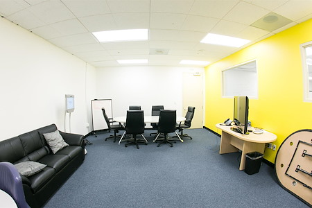 BootUP - Spacious Conference Room