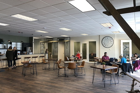 The Village Workspace - The Plaza