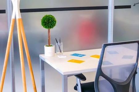 Regus | SPACES @ Santana Row - Co-Working Desk