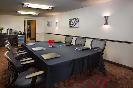 Best Western Plus The Charles Hotel - Discovery Meeting Room