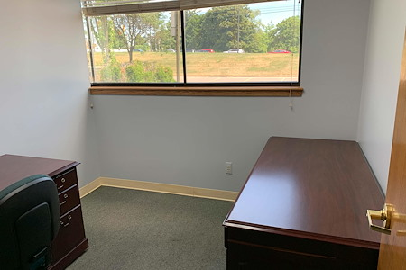 White Lake Commons - Private Office