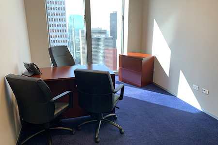 Servcorp - TC Energy Center - Executive Private Office with views!