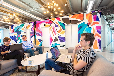 Novel Coworking Circle Tower - Coworking Pass
