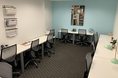 Regus | Oppenheimer Tower - Dedicated Desk in a Shared Office