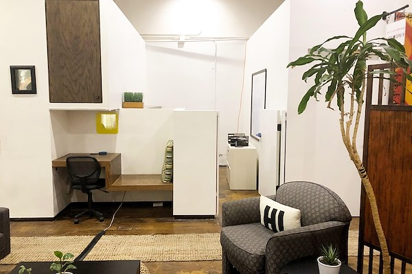 Capsity Coworking - Dedicated Private Corner Office