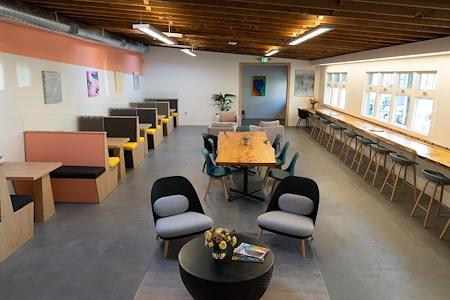 Workstation West Berkeley - Desk 1