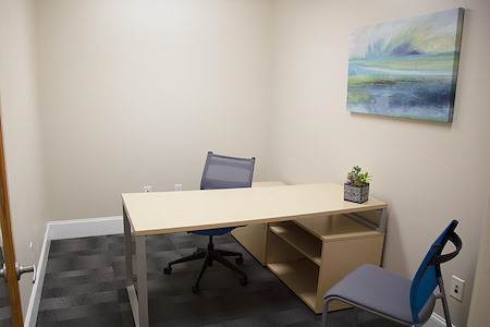 Focal Point Coworking - One Person Office