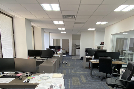Beautiful modern Upgraded space! PLUG & PLAY - Open Desk 1