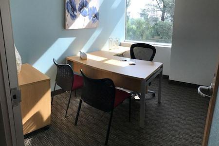 Regus | Gateway Plaza - Office 319