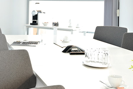 Regus | Vienna, Millennium Tower Conference Centre - Dedicated Desk