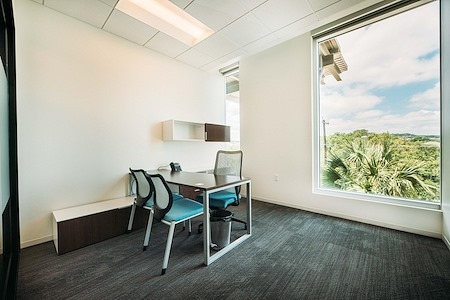 WorkHub - Private Office - 137 Sq Ft
