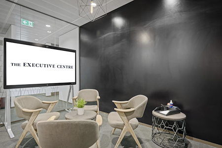 The Executive Centre - Three International Towers - Internal 4 Person Office