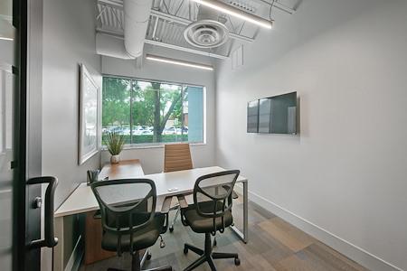 Signature WorkSpace-Northwood - 704