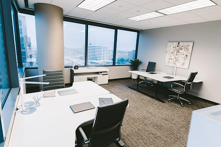 WORKSUITES | Dallas Galleria Tower Three - Essential Coworking