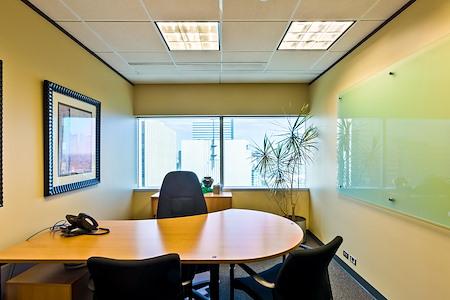YourOffice-Denver - Hot Desk