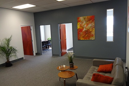 Suites@Madison - Private adjoining offices