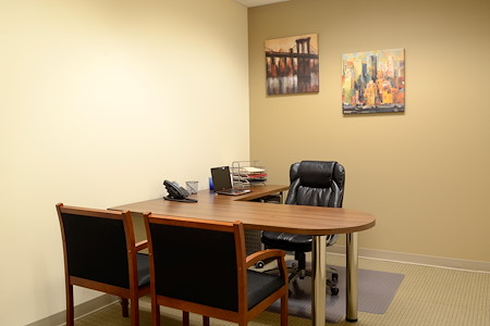 Hampton Business Center - Pines Blvd. - Suite 322 (Interior)