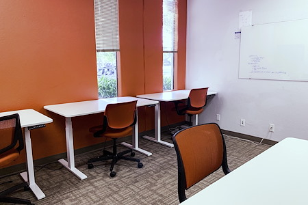 Enerspace Coworking - 6 Person Private Office