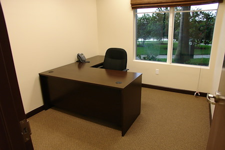 Hampton Business Center - Suite 115