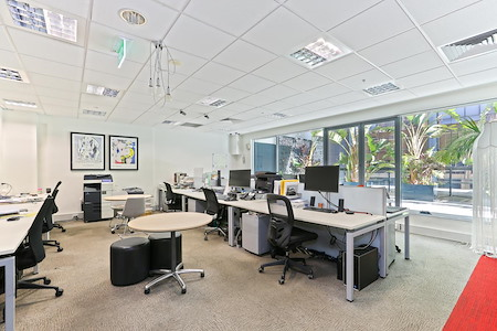 Aurora Design - Workstations with a terrace