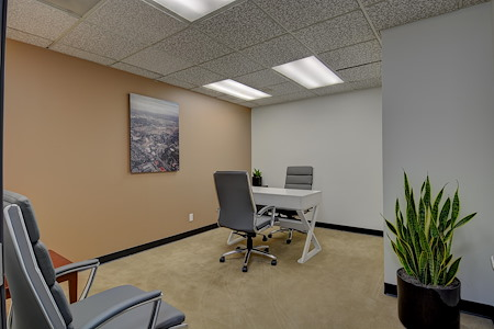 Skyline Executive Offices - Day Office
