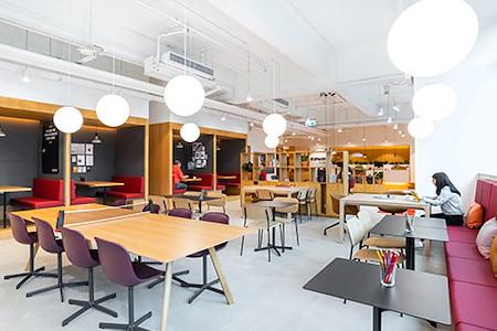 Regus | Hong Kong, AXA Southside - Dedicated Desk