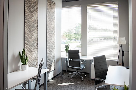 WORKSUITES-The Woodlands - ExecutiveSuite - Window