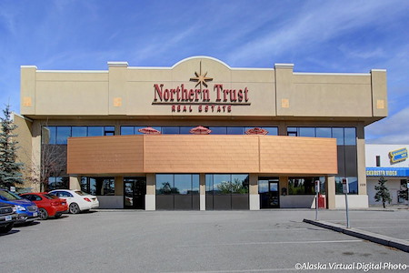 Alaska Co:Work / Northern Trust Real Estate Building - Group Hub 1