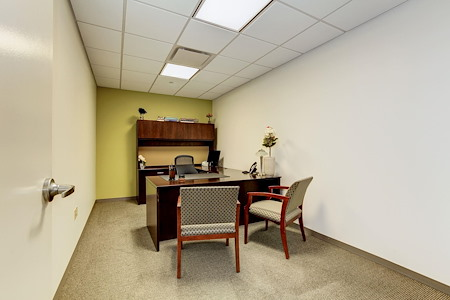 Carr Workplaces - The Willard - Bipartisan Day Office