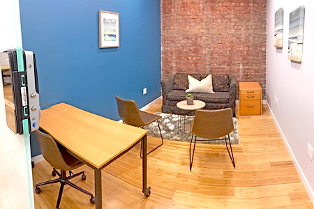 Freeport Coworks - Office 1