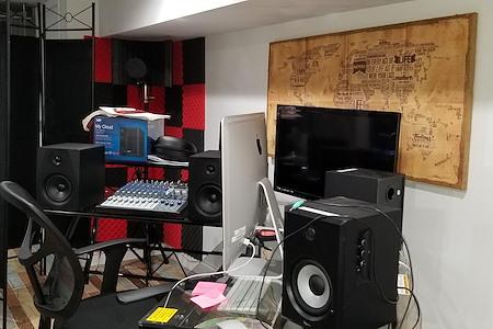 Aquorn Studio - Aquorn Studio