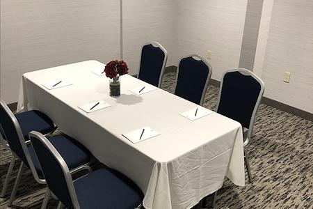 Embassy Suites Valencia - Limon Room